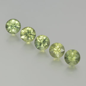 Medium Green Zafiro Gema - 0.4ct Corte Diamante (ID: 369059)