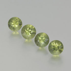 Medium Green Zafiro Gema - 0.5ct Corte Diamante (ID: 369060)