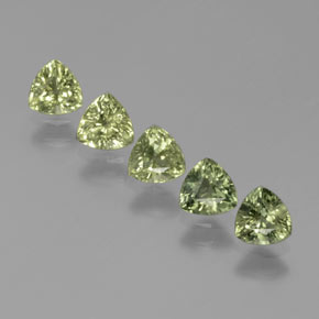 Green Sapphire Gem - 0.4ct Trillion Facet (ID: 375287)