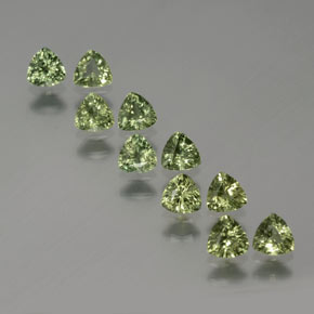 Green Sapphire Gem - 0.2ct Trillion Facet (ID: 375337)