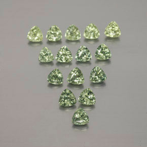 Green Sapphire Gem - 0.2ct Trillion Facet (ID: 375394)