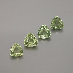 Green Sapphire Gem - 0.4ct Trillion Facet (ID: 375582)