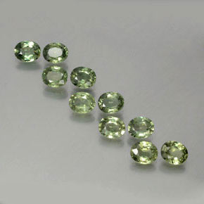 Forest Green Sapphire Gem - 0.4ct Oval Facet (ID: 381771)