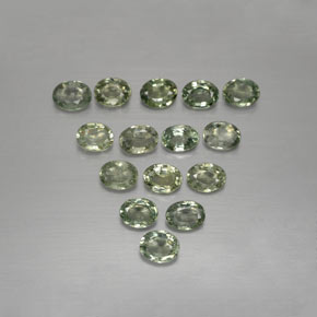 Green Sapphire Gem - 0.3ct Oval Facet (ID: 383791)