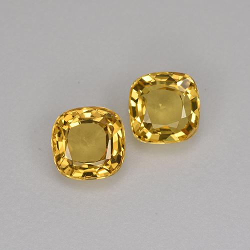 Yellow Golden Sapphire Gem - 0.5ct Cushion-Cut (ID: 406089)
