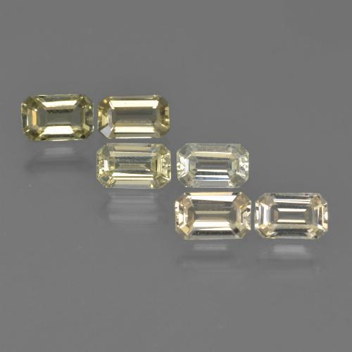 Greenish Golden Sapphire Gem - 0.3ct Octagon Step Cut (ID: 412578)
