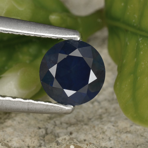 Blue Sapphire Gem - 0.6ct Diamond-Cut (ID: 449702)