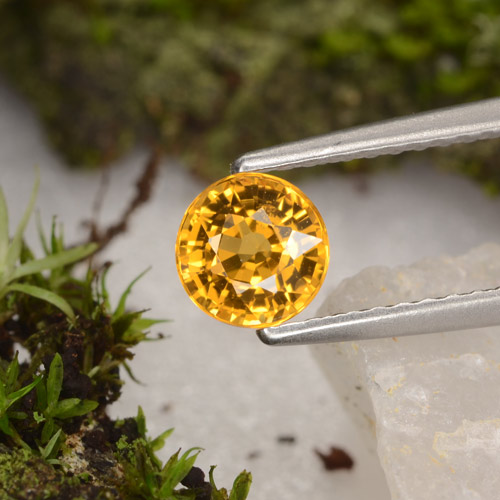 0.76 ct Round Facet Medium Golden Sapphire Gemstone 5.23 mm  (Product ID: 461931)