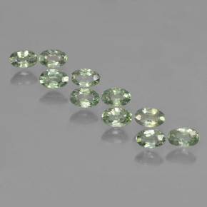Green Sapphire Gem - 0.4ct Oval Facet (ID: 461962)