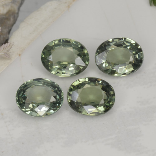 Green Sapphire Gem - 0.8ct Oval Facet (ID: 462726)