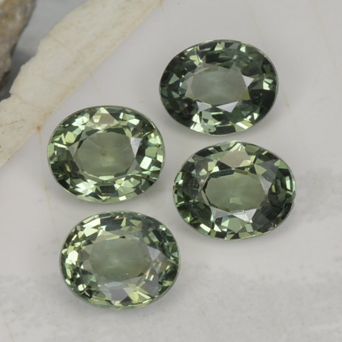 Green Sapphire Gem - 0.8ct Oval Facet (ID: 462733)