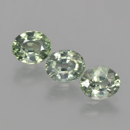 Green Sapphire Gem - 0.9ct Oval Facet (ID: 462798)