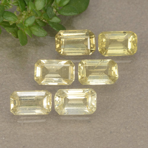 Medium-Light Yellow Zafiro Gema - 0.3ct Corte octagonal (ID: 492025)