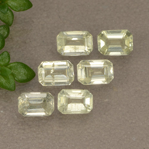 Yellow Sapphire Gem - 0.2ct Octagon Step Cut (ID: 492653)
