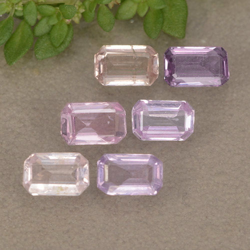Pinkish Purple Sapphire Gem - 0.3ct Octagon Step Cut (ID: 492952)