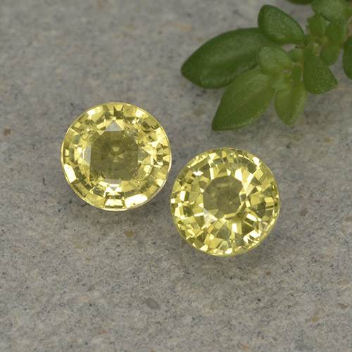 Golden Yellow Sapphire Gem - 0.5ct Round Facet (ID: 496436)
