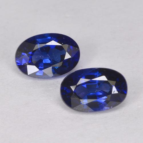 Royal Blue Sapphire Gem - 0.7ct Oval Facet (ID: 524898)