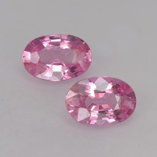 Hot Pink Sapphire Gem - 0.6ct Oval Facet (ID: 525960)