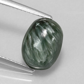 Buy 3.18 ct Green Seraphinite 10.87 mm x 8.1 mm from GemSelect (Product ID: 317343)