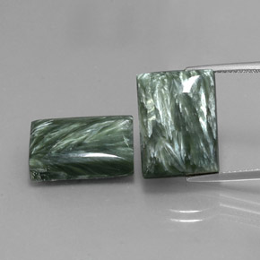 Medium Green Seraphinite Gem - 10.4ct Baguette Cabochon (ID: 341748)