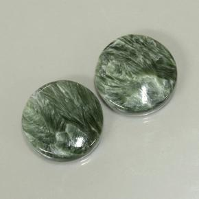 Green Seraphinite Gem - 7.7ct Round Cabochon (ID: 501872)