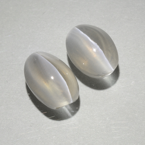 Warm White Sillimanite Cat's Eye Gem - 1.1ct Oval Cabochon (ID: 499416)