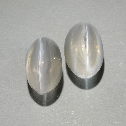 Smoke Sillimanite Cat's Eye Gem - 0.9ct Oval Cabochon (ID: 499418)