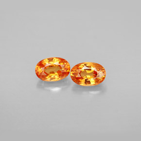 Buy 1.55 ct Orange Spessartite Garnet 5.97 mm x 4.1 mm from GemSelect (Product ID: 210784)