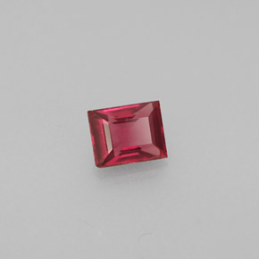 Buy 0.43 ct Red Spinel 4.64 mm x 3.7 mm from GemSelect (Product ID: 244433)