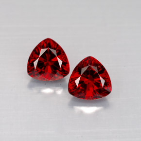 Buy 1.25 ct Red Spinel 5.18 mm x 5.1 mm from GemSelect (Product ID: 286154)