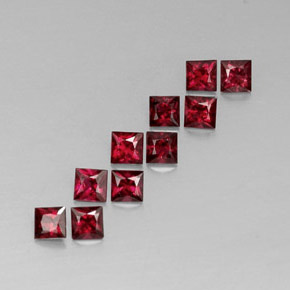 Buy 1.65ct Red Spinel 3.07mm x 3.02mm from GemSelect (Product ID: 312253)
