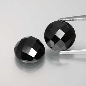 Buy 7.13 ct Black Spinel 8.98 mm  from GemSelect (Product ID: 377703)