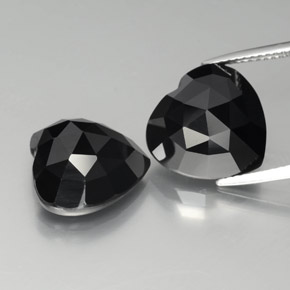 Schorl Spinello Gem - 8.7ct Cuore (ID: 379041)