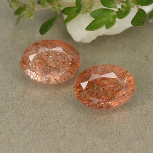 Orange Sunstone Gem - 0.9ct Oval Facet (ID: 493443)