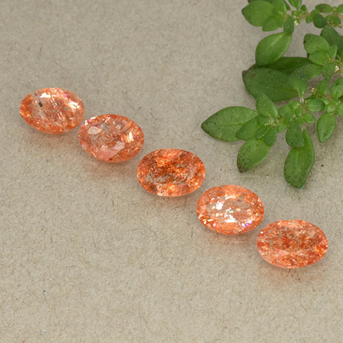 Orange Sunstone Gem - 0.6ct Oval Facet (ID: 493523)