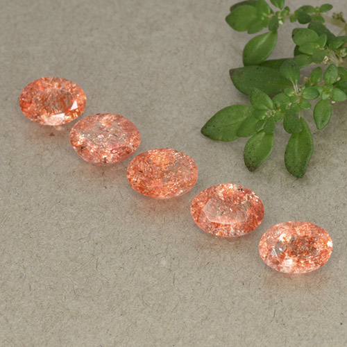 Medium Orange Sunstone Gem - 0.8ct Oval Facet (ID: 493525)