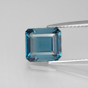 Buy 2.30 ct London Blue Topaz 8.13 mm x 7.5 mm from GemSelect (Product ID: 283979)
