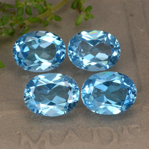Buy 9.12 ct Swiss Blue Topaz 9.04 mm x 7 mm from GemSelect (Product ID: 293102)