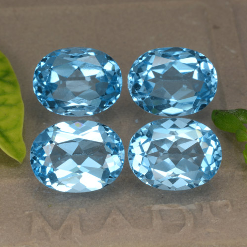 Swiss Blue Topaz Gem - 2.6ct Oval Facet (ID: 293136)