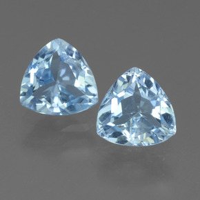 Sky Blue Topaz Gem - 1.5ct Trillion Facet (ID: 452717)