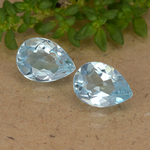 thumb image of 0.8ct Pear Facet Sky Blue Topaz (ID: 488450)