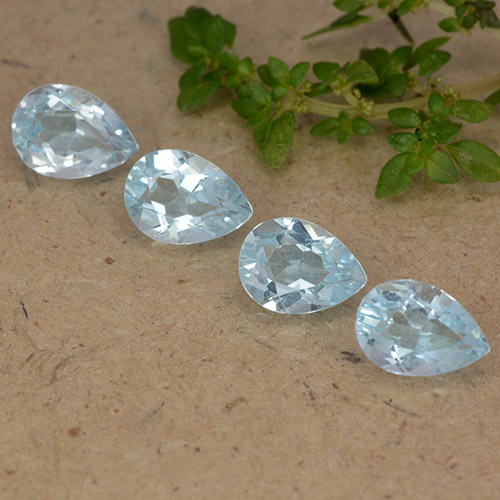 Light Blue Topaz Gem - 0.9ct Pear Facet (ID: 489318)
