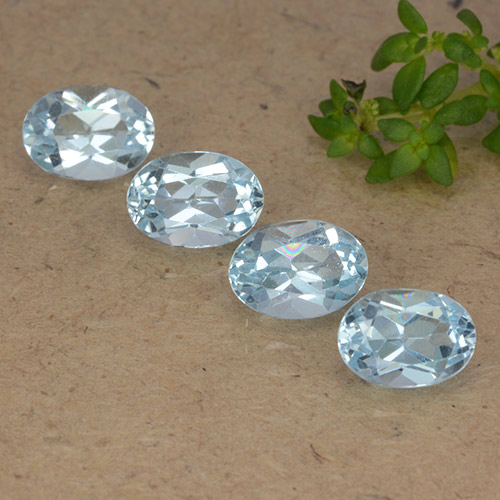 Sky Blue Topaz Gem - 1ct Oval Facet (ID: 490118)