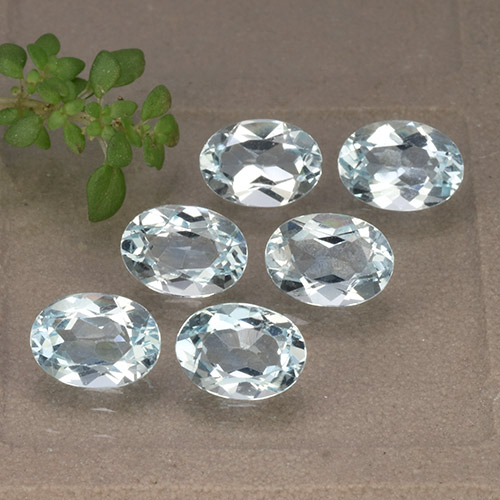 Sky Blue Topaz Gem - 0.9ct Oval Facet (ID: 491230)