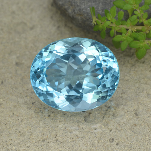 33.8ct Oval Facet Swiss Blue Topaz Gem (ID: 499058)