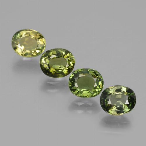 Medium Light Green Turmalina Gema - 0.9ct Forma ovalada (ID: 434355)