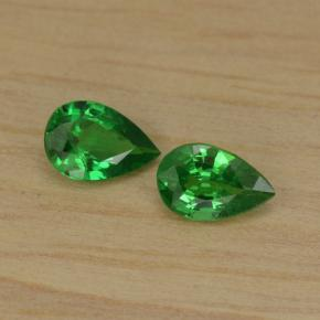 thumb image of 0.8ct Pear Facet Green Tsavorite Garnet (ID: 467686)