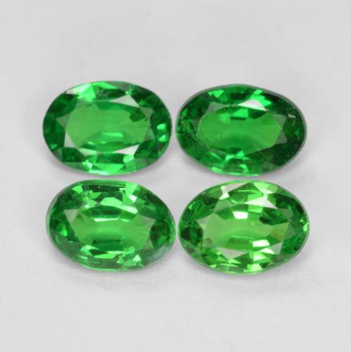 0.4ct Oval Facet Bright Forest Green Tsavorite Garnet Gem (ID: 468924)
