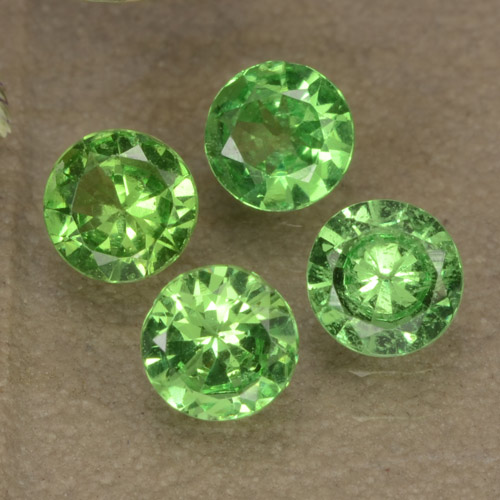 Lively Green Tsavorite Garnet Gem - 0.3ct Diamond-Cut (ID: 473651)