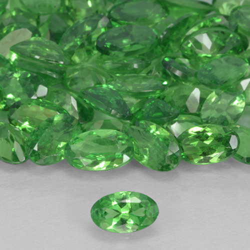 0.2ct Oval Facet Electric Green Tsavorite Garnet Gem (ID: 503399)
